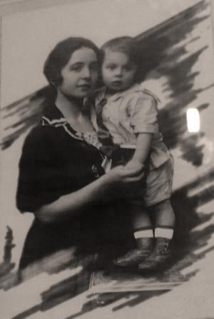 Старое кладбище Таганрога: Жена Александра Александровна Бабичева и сын Федор. Таганрог.