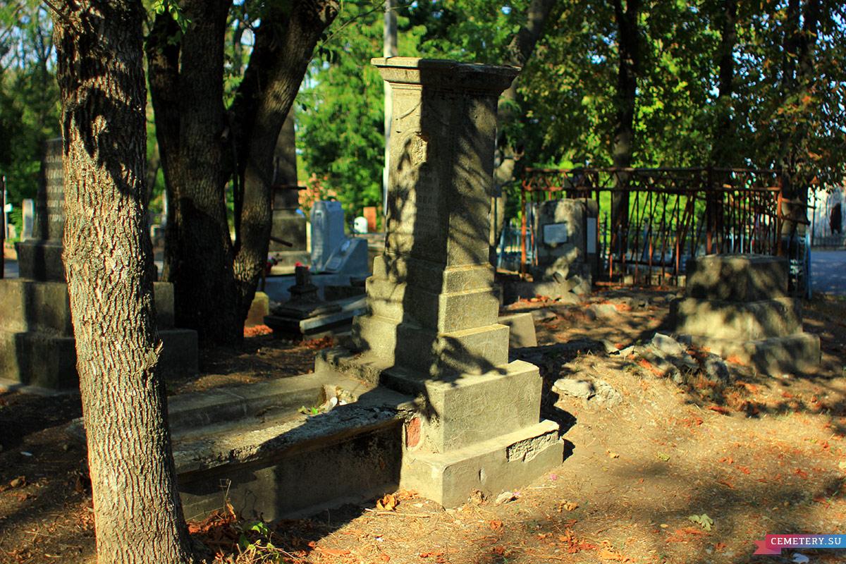 Старое кладбище Таганрога. Е. А. Егупова