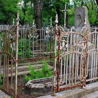 Старое кладбище Таганрога, Шимановская и Самодаева