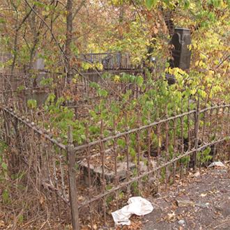 Старое кладбище Таганрога, Участок Поповых
