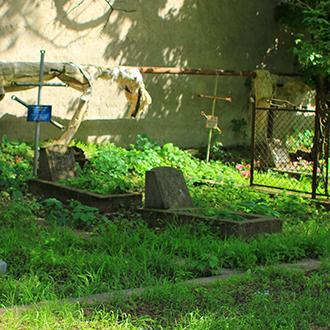 Старое кладбище Таганрога. Участок Плужниковых