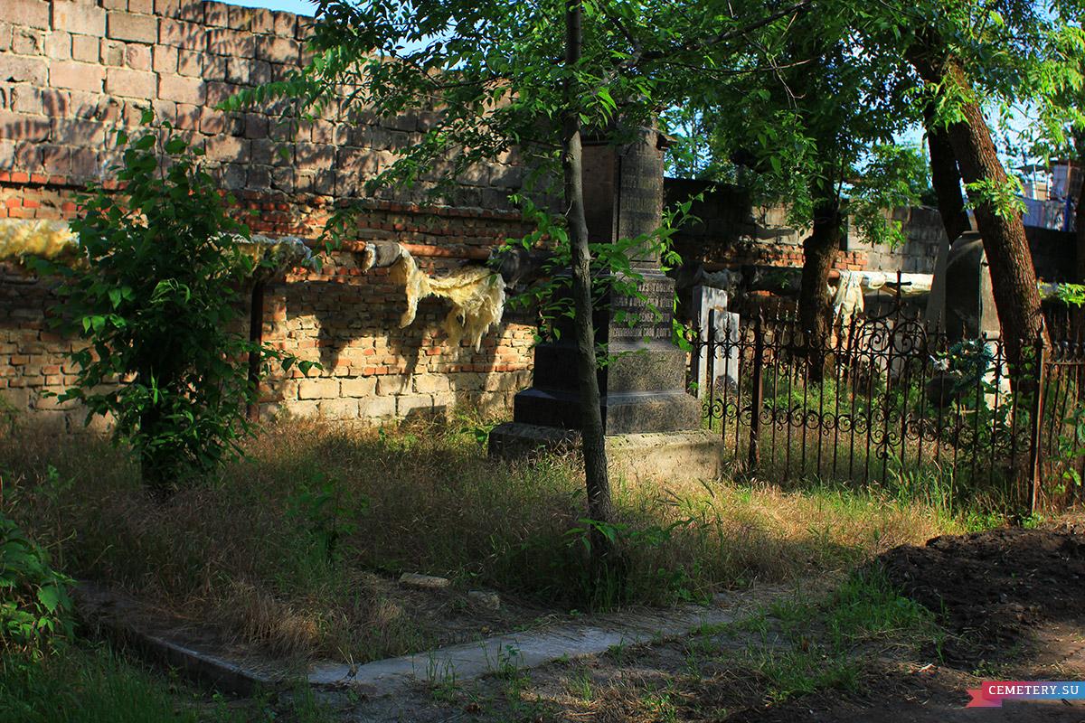 Старое кладбище Таганрога. П. К. Шаповалов