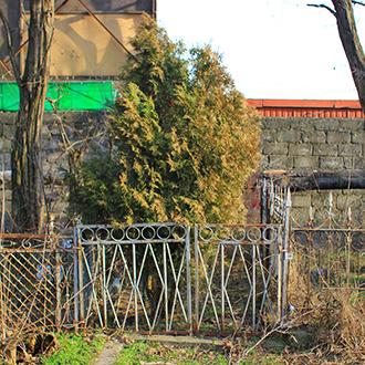 Старое кладбище Таганрога, Участок Олейникова Р. П.