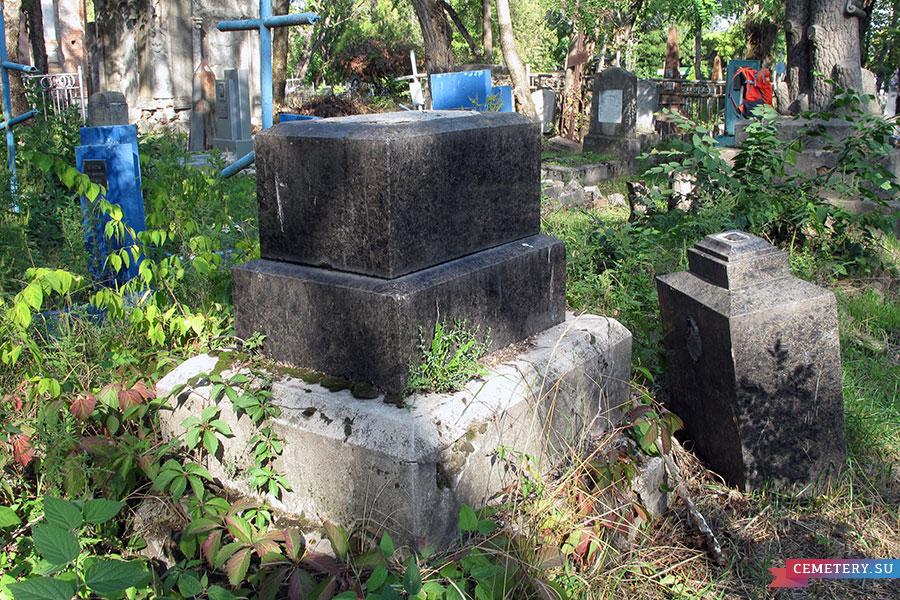 Старое кладбище Таганрога. Дочь священника Краснокутская-Котова
